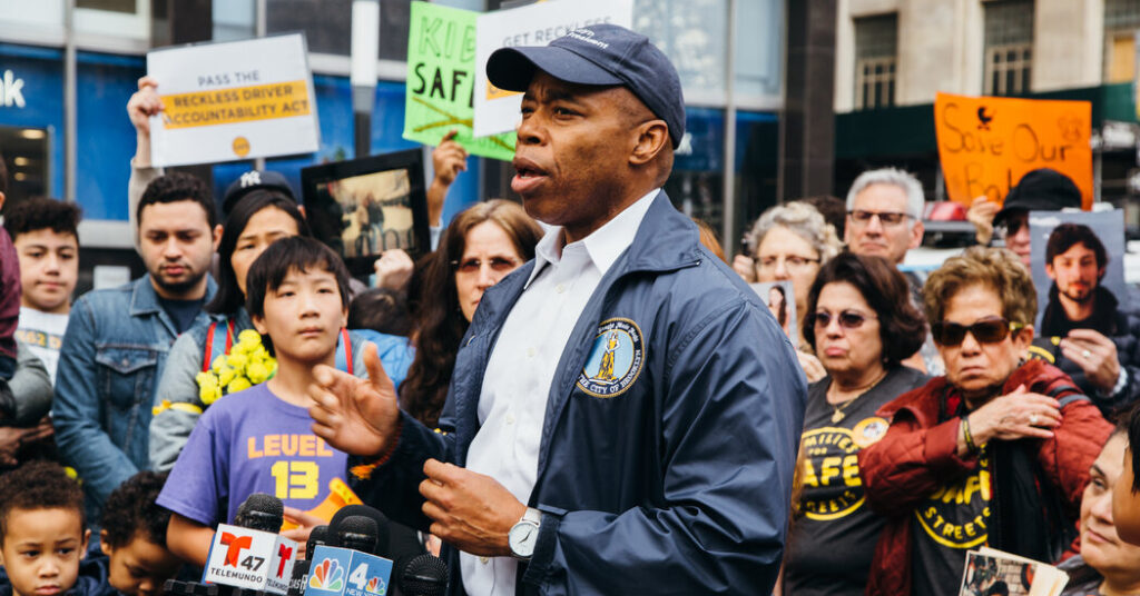 5 Takeaways From the Mayor's Race: A Subway Pledge and Police Scrutiny