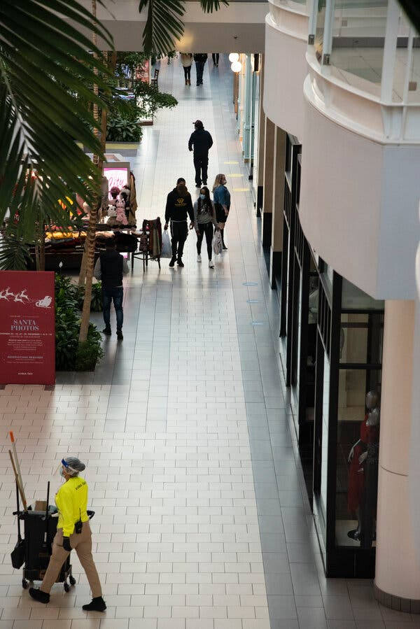 'Bleak Friday' for Stores as Pandemic Pushes Holiday Shopping Online