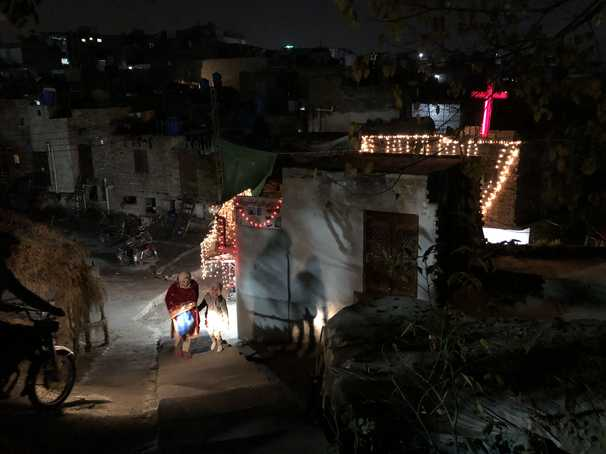In Pakistan, fear of virus forces Christians to curtail Christmas celebrations