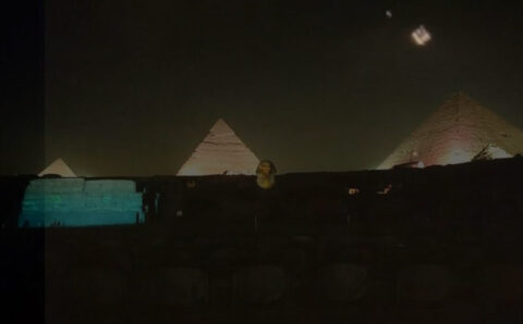 Multiple UFOs seen over the Pyramids in Giza, Egypt 3-Dec-2020 VIDEO!