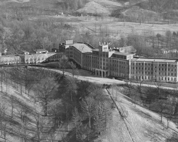 The Incredibly Haunted Waverly Hills Sanatorium