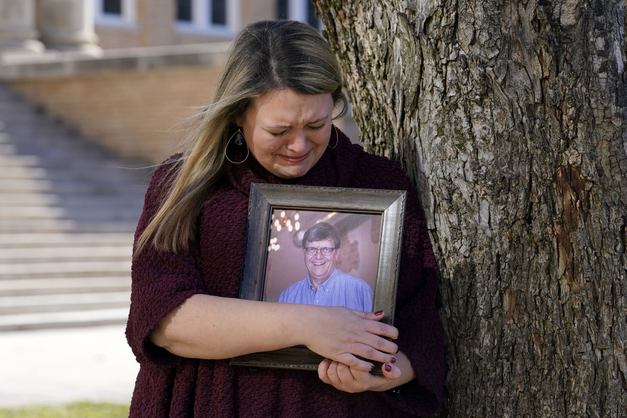 Virus rules not enforced. Grieving Texas family asks: Why?