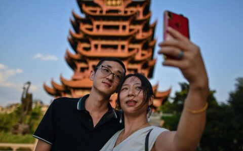 Wuhan attempts to woo back travelers as pandemic fears ease