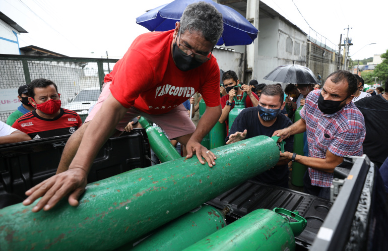 Brazil airlifts emergency oxygen to Manaus amid COVID surge