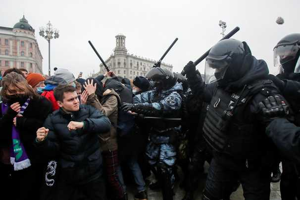 More than 3,300 arrested across Russia as protests swell for jailed opposition leader Navalny