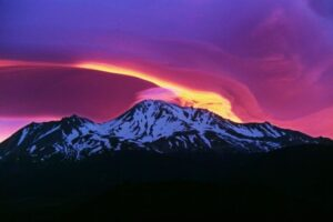 Mount Shasta: Legends, Mysteries and UFOs