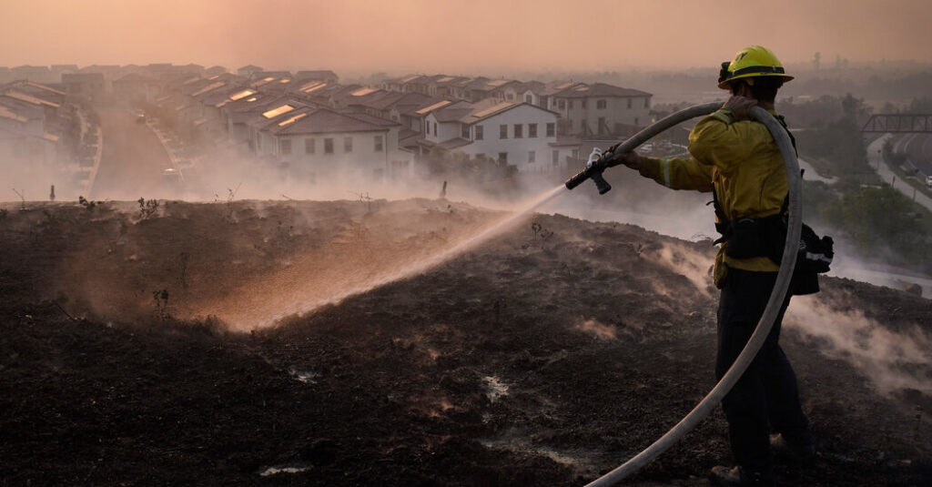 U.S. Disaster Costs Doubled in 2020, Reflecting Costs of Climate Change