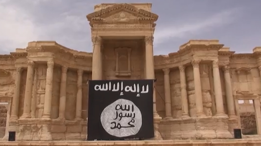 Florida man charged with trying to join ISIL fighters