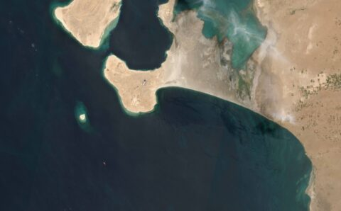 Houthis again delay expert examination of tanker off Yemen