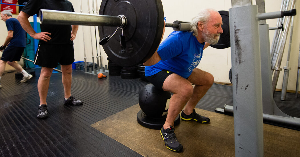 Intense Strength Training Does Not Ease Knee Pain, Study Finds