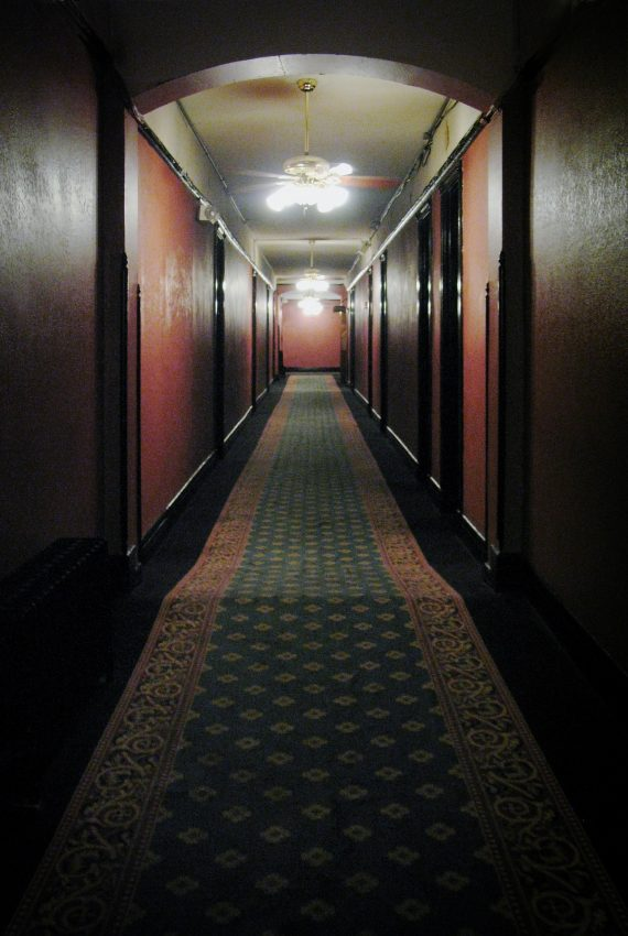 Too Many Ghosts? Owners Can't Sell Maine's Haunted Homeport Inn