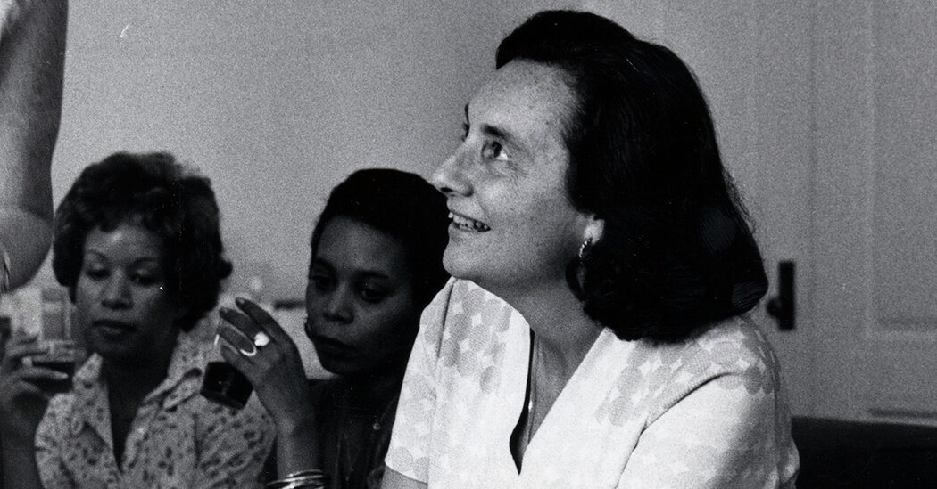 Carola Eisenberg Dies at 103; Helped Start Physicians for Human Rights