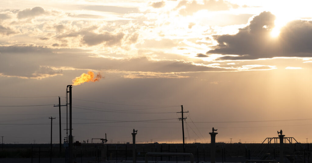 Drillers Burned Off Gas at a Staggering Rate as Winter Storm Hit Texas