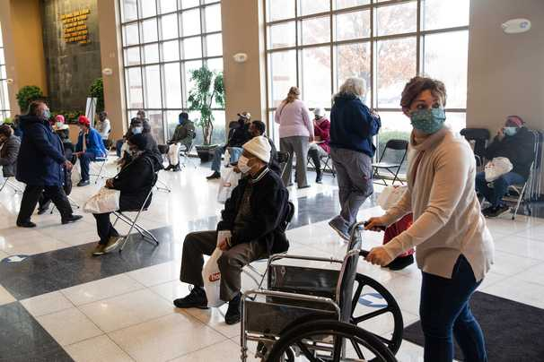 Live updates: Downtrend in new U.S. infections stalls, fueling concerns over virus variants' spread