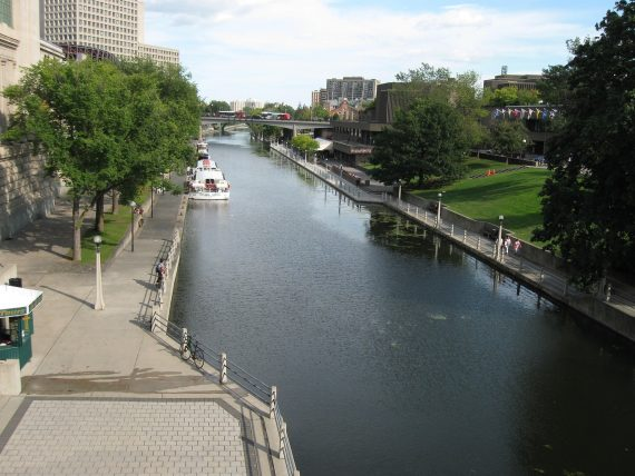"""Rideau Canal Skateway Closed Due to """"Monster"""" Lurking Underwater"""