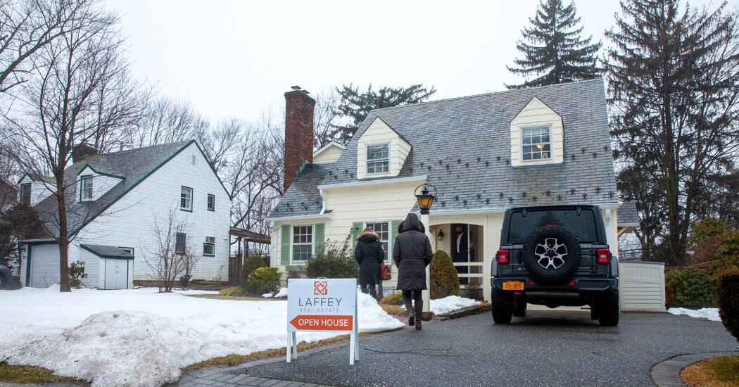 Suburban Home Sales Soar in the New York Region