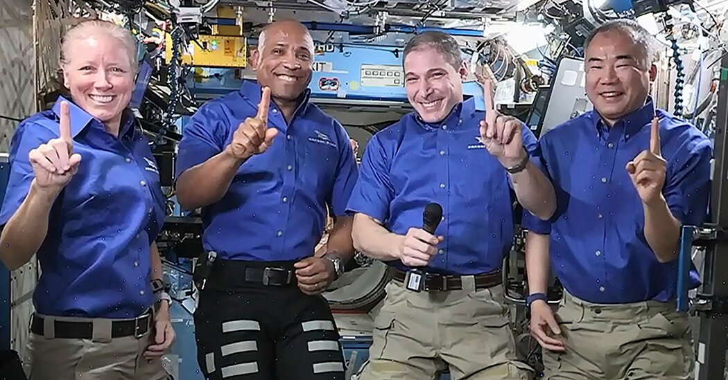 How to Watch SpaceX Splashdown With 4 Astronauts