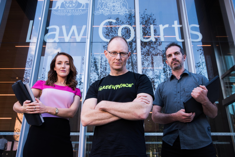 """Australia's """"biggest climate polluter"""" takes Greenpeace to court"""