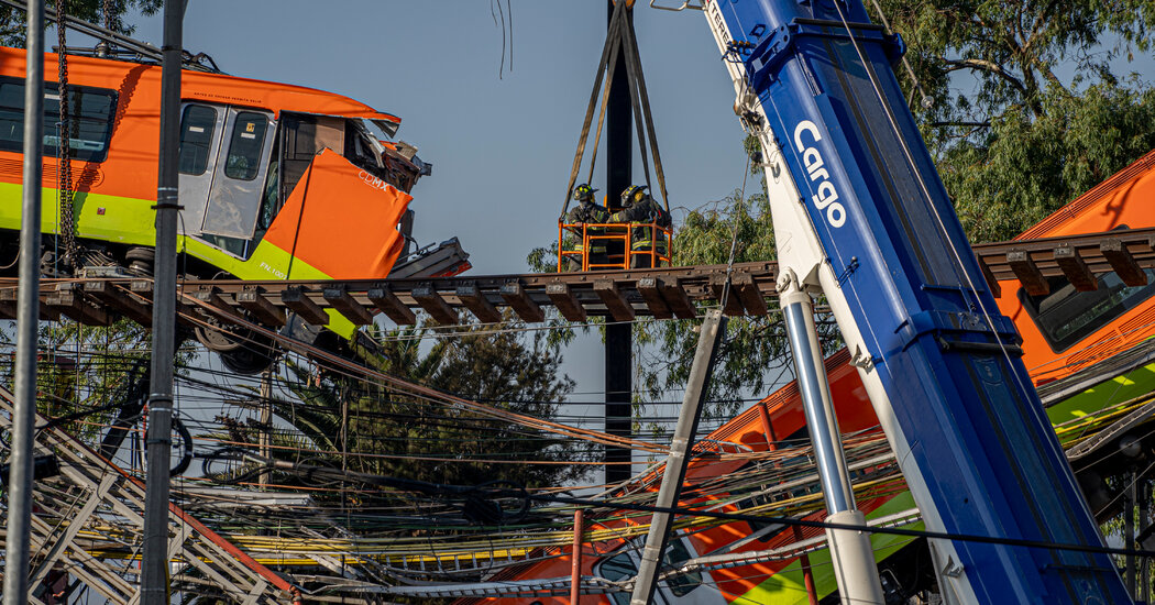 Mexico City Train Crash Inquiry Points to Construction Flaws